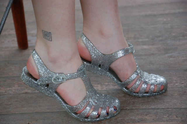 Silver glitter jelly sandals