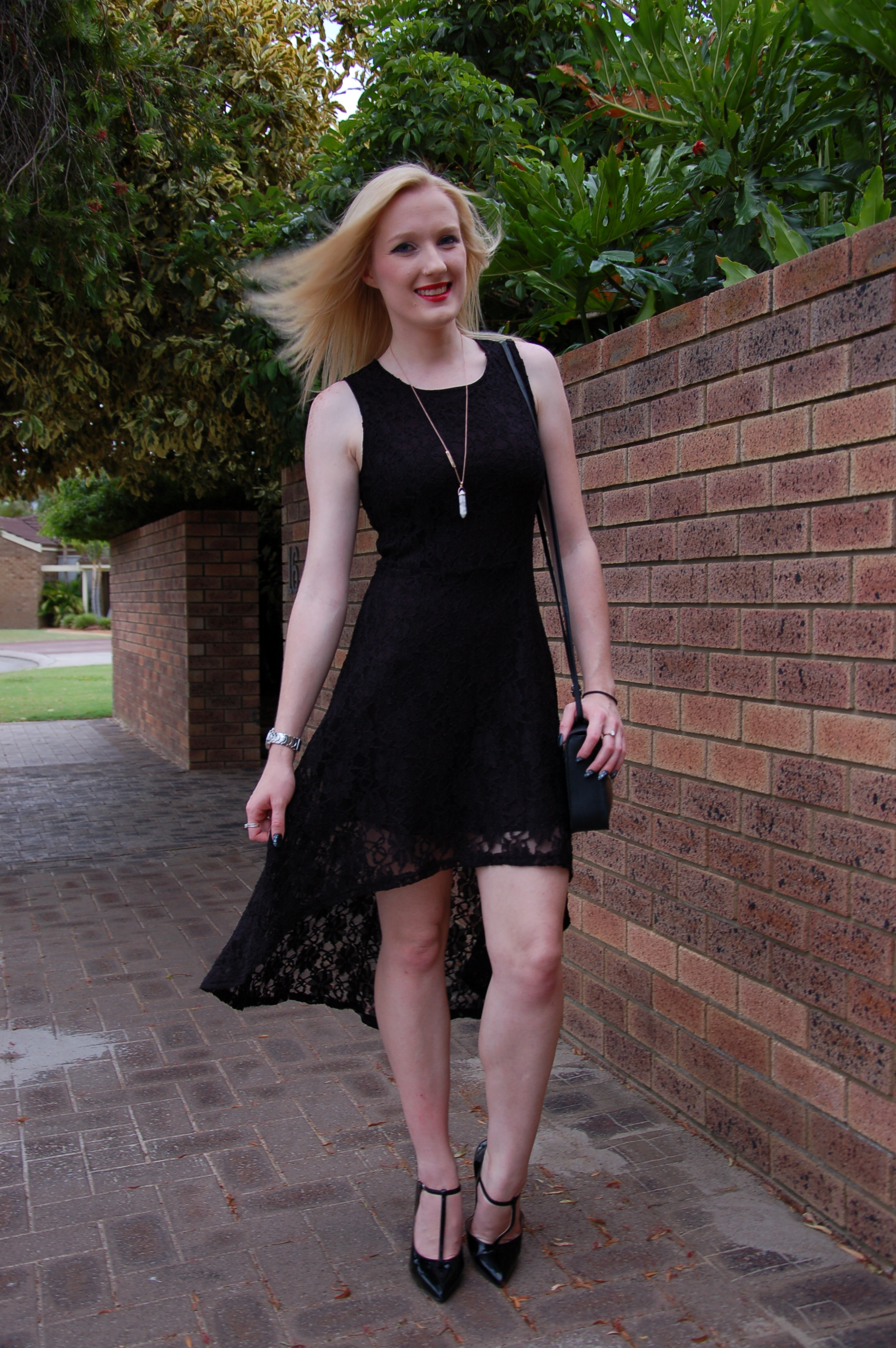 Black dress with red lipstick - Black Lace Dress And Samantha Wills Rose Gold Necklace Extraordinary Days